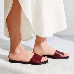 UO Tori Sandals